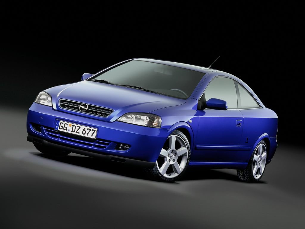 Astra_Coupe_01